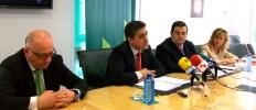 Barca, Martínez, Santamaría y Sánchez en la firma de acuerdos