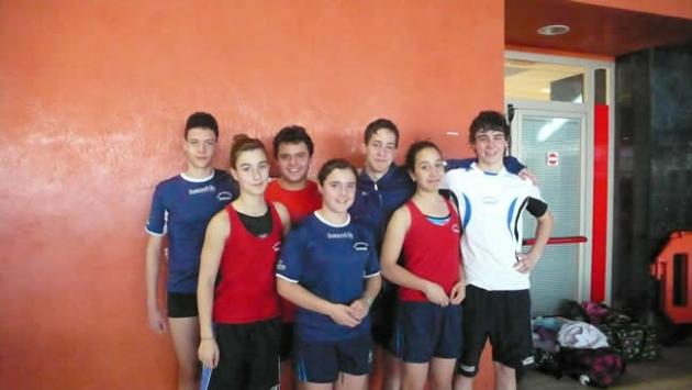 Nadadores infantiles