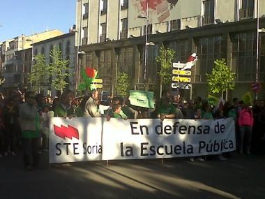 Manifestación contra recortes en la enseñanza