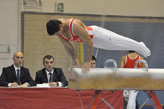 Sergio Muñoz en el potro