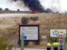 Las llamas se han situado en uno de los vasos cercanos a las puertas del CTR