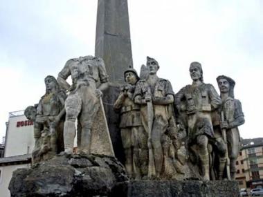 Monumento a Yagüe tras el destrozo