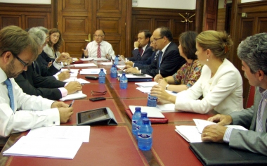 Imagen de la reunión del delegado con los subdelegados del Gobierno en la sede estatal de Soria