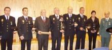 Policías y funcionarios condecorados