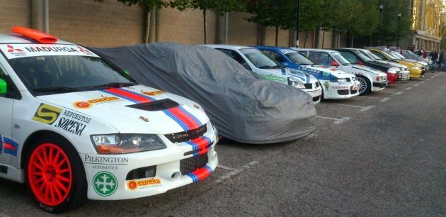 Los coches listos para la prueba