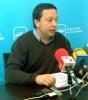 El concejal del PP Adolfo Saínz en rueda informativa este lunes