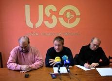 Postigo, (izda.), Laguna y Gómez en rueda de prensa