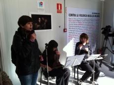 Ana Alegre se dirige al público
