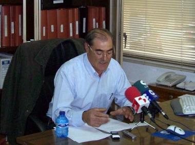 Eusebio García en la rueda de prensa de este viernes en la Cámara