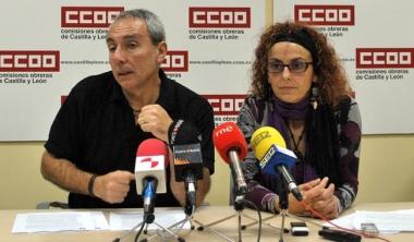 Catalina (izda.) y Garrido, de CC OO