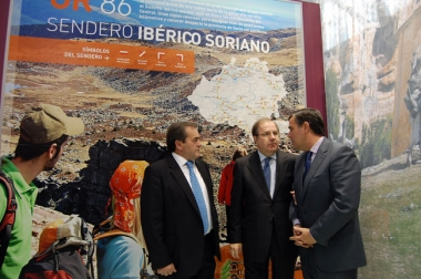 Herrera visitó el estand soriano