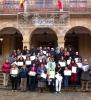 Las alumnas con sus diplomas
