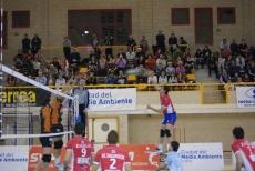 Remate de Alberto Salas ante Teruel