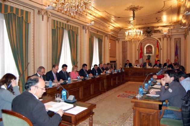 La Diputación aprueba un presupuesto para 2013 de 48 millones, con un aumento en las inversiones del 64%