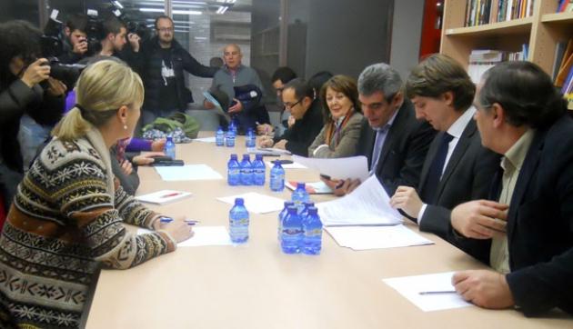 Villarrubia (3º dcha.) en el PSOE soriano