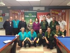 Burgos de azul y Soria de verde con sus medallas