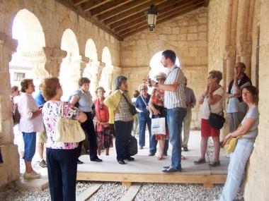 Visita a la iglesia de Caracena