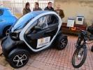 López conoce los vehículos eléctricos