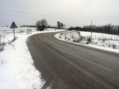 La nieve aún está presente en las carreteras sorianas