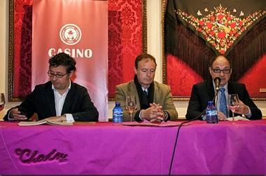 Hernández, Pepe Luis Vázquez y Valero