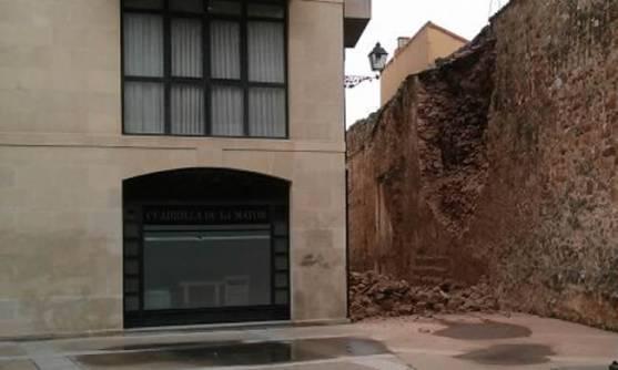 Derrumbe de la muralla el 31 de marzo