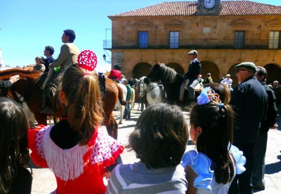 El Calaverón acerca la Feria de Abril a las céntricas calles de Soria