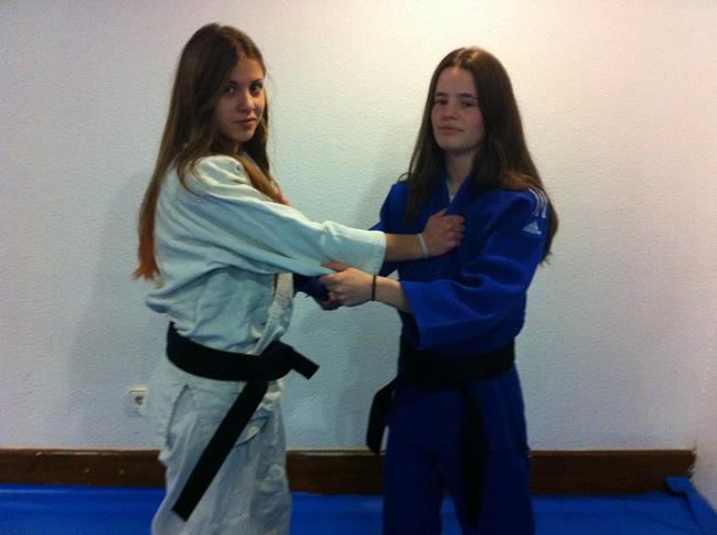 Judokas sorianas con el cinturón negro