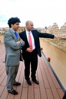 Mario Garcés con el alcalde de Ágreda