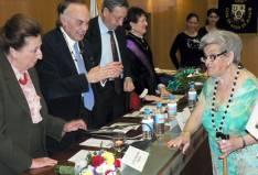 Felicidad Martínez con los Duques de Soria