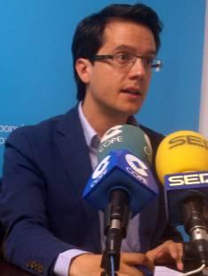 El concejal popular Tomás Cabezón