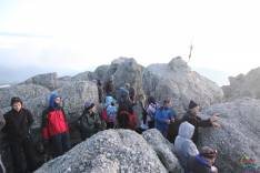 Grupo de atrevidos en los Picos de Urbión