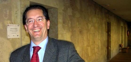 El doctor Jesús San Miguel.