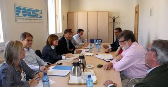 Reunión PP-FOES