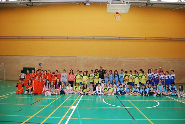 Jóvenes participantes del torneo