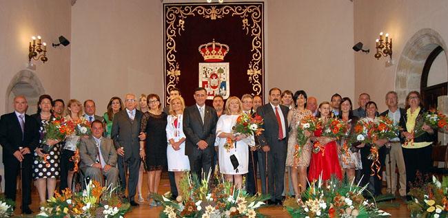 Foto de familia del homenaje de la Diputación en el aula Tirso de Molina.