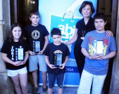 Ganadores del Trofeo, con Pilar Monreal