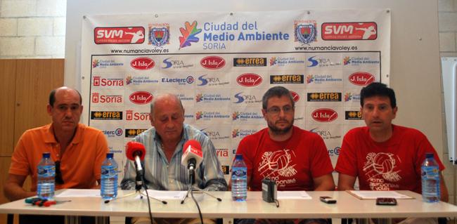Hernández (izda.), Gil, Cabrerizo y Romera.