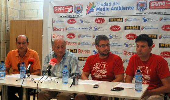 Rueda de prensa de La Curva Soriana
