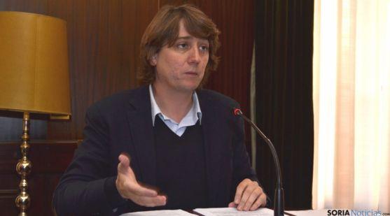 El alcalde, Carlos Martínez Mínguez.