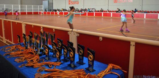 Un centenar de participantes compiten en el I Torneo Nacional de Patinaje Artístico en el San Andrés