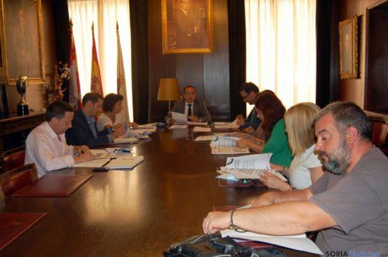 La Mesa de Diálogo Social conoce el Plan de Empleo que nace con