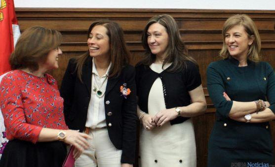 Angulo (izda.), Liana Ardiles, Heredia e Isabel Pérez Espinosa.