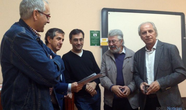 Arroyo, Caballero,  Ángel García, De la Llana y Carmelo García, hoy en la presentación.