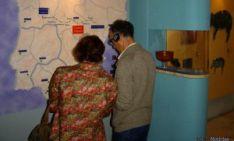 Visitantes en el aula burgense.