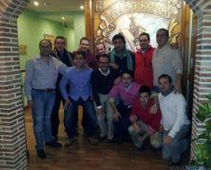 Algunos de los asistentes con Rafa Camino (ctro.).