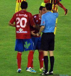 Competición deja sin efecto la amarilla a Natalio que podrá jugar en Zaragoza