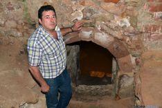 Felipe Utrilla, en la entrada al aljibe del palacio ducal