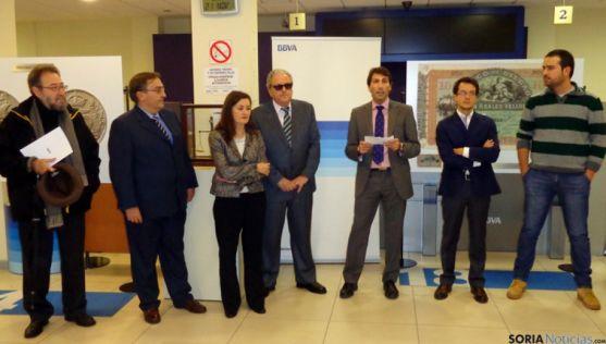Inauguración de la muestra en la oficina bancaria de Marqués de Vadillo.