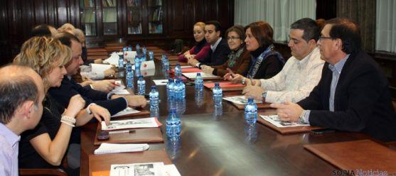 Reunión del PP con empresarios en la Cámara.