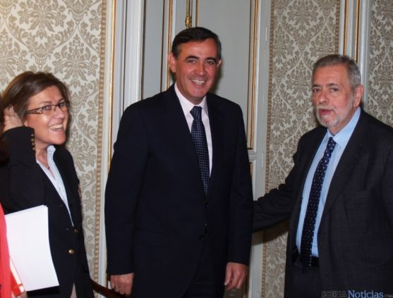 Marimar Angulo, Antonio Germán Beteta y Antonio Pardo